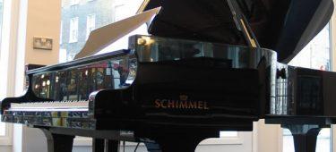 Choc Award lại tôn vinh Piano Schimmel K230